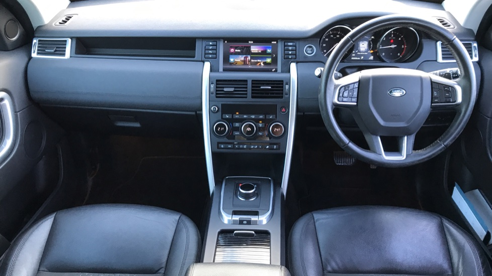 Land Rover Discovery Sport 2.0 TD4 180 SE Tech 5dr image 9