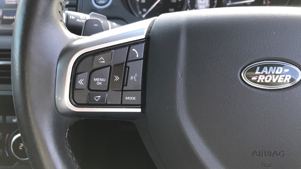 Land Rover Discovery Sport 2.0 TD4 180 SE Tech 5dr image 13