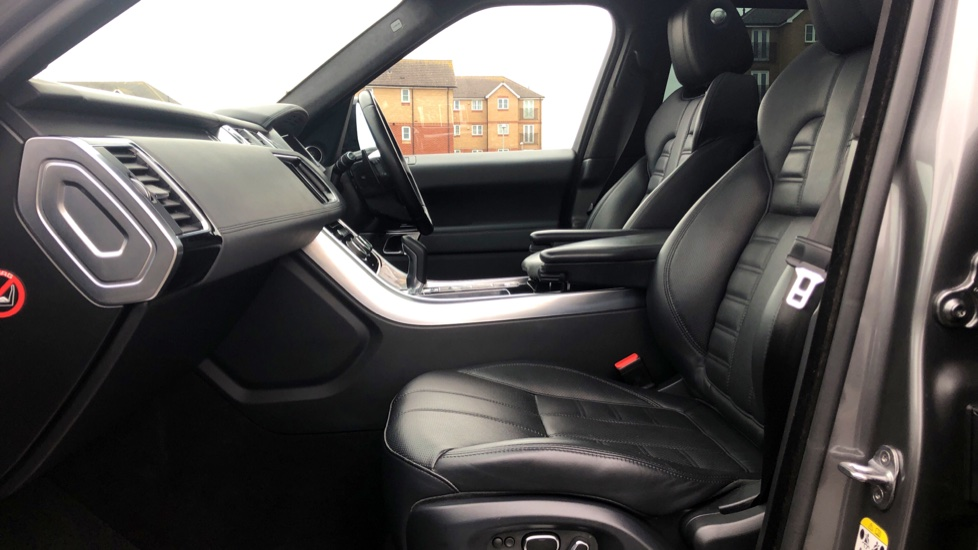 Land Rover Range Rover Sport 5.0 V8 S/C Autobiography Dynamic 5dr image 3
