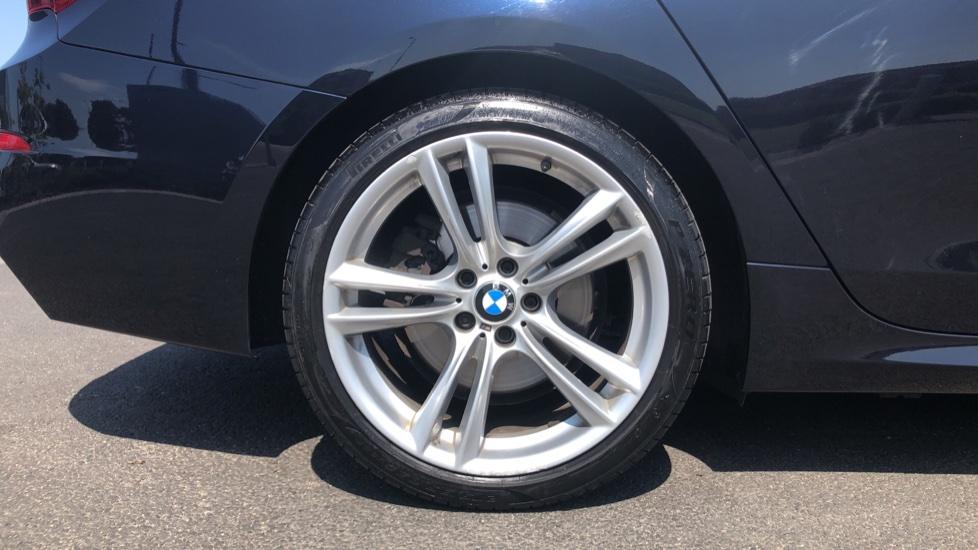BMW 5 Series 530d M Sport Step image 8