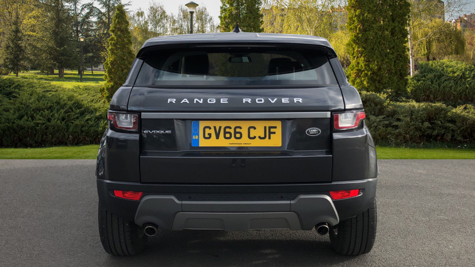 Land Rover Range Rover Evoque 2.0 TD4 SE 5dr image 6