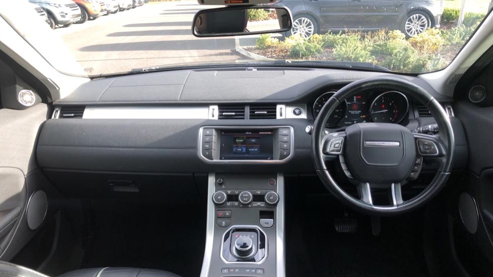 Land Rover Range Rover Evoque 2.0 TD4 SE 5dr image 9