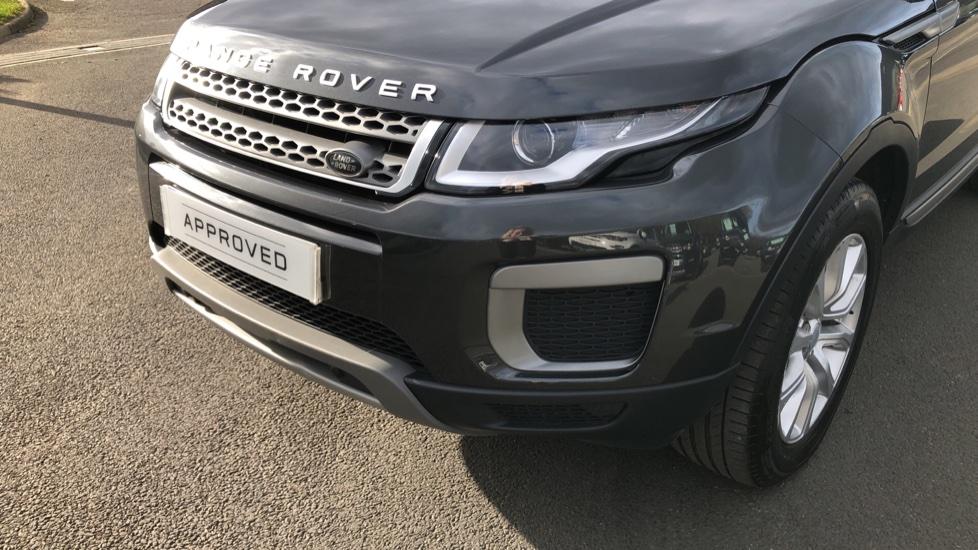Land Rover Range Rover Evoque 2.0 TD4 SE 5dr image 14
