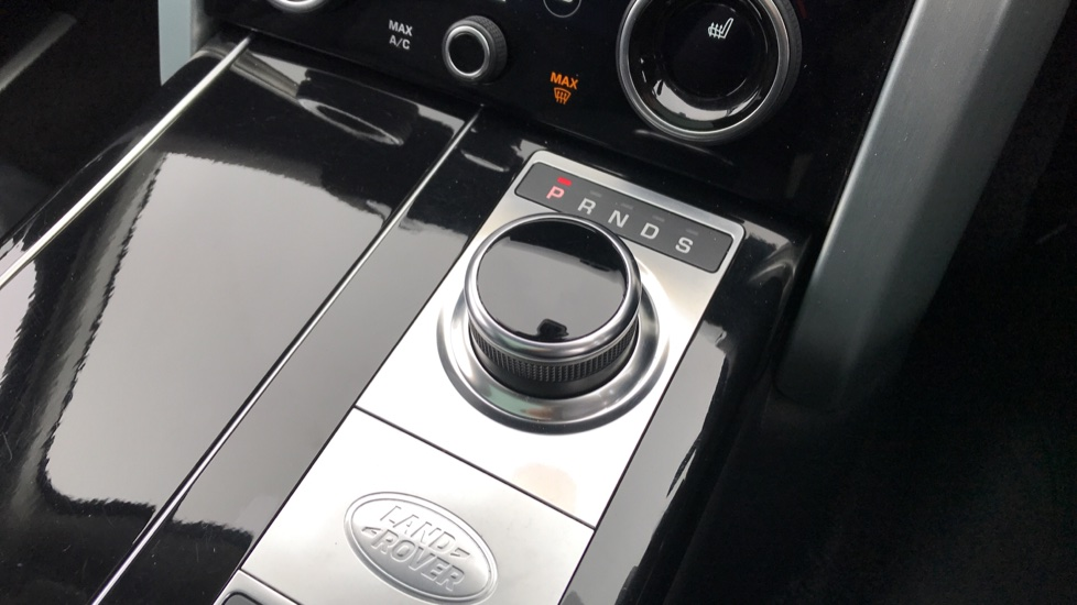 Land Rover Range Rover 4.4 SDV8 Autobiography LWB 4dr Auto image 18