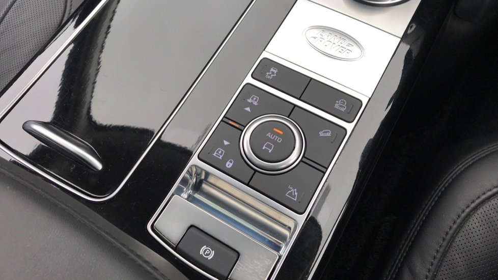 Land Rover Range Rover 4.4 SDV8 Autobiography LWB 4dr Auto image 19