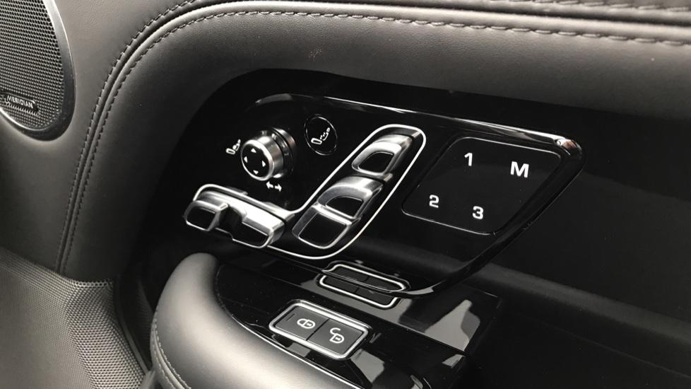 Land Rover Range Rover 4.4 SDV8 Autobiography LWB 4dr Auto image 22