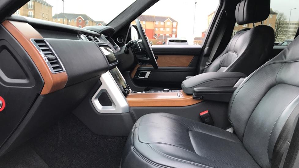 Land Rover Range Rover 5.0 V8 S/C Autobiography 4dr image 3