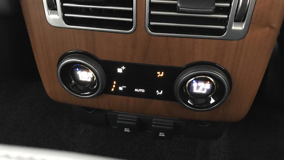 Land Rover Range Rover 5.0 V8 S/C Autobiography 4dr image 10