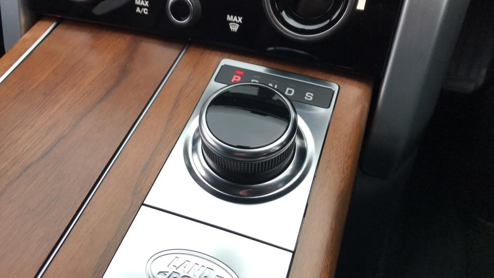 Land Rover Range Rover 5.0 V8 S/C Autobiography 4dr image 17