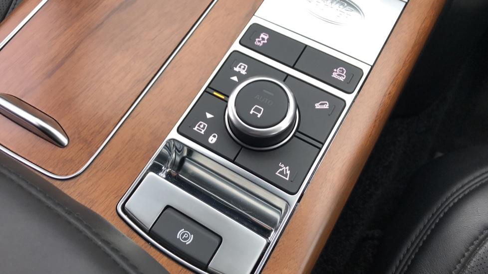 Land Rover Range Rover 5.0 V8 S/C Autobiography 4dr image 18
