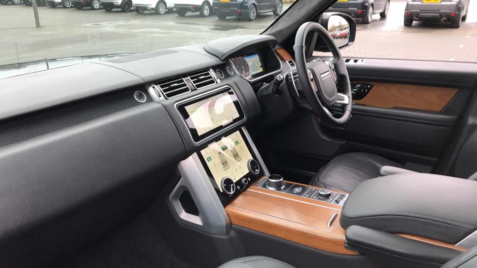 Land Rover Range Rover 5.0 V8 S/C Autobiography 4dr image 26