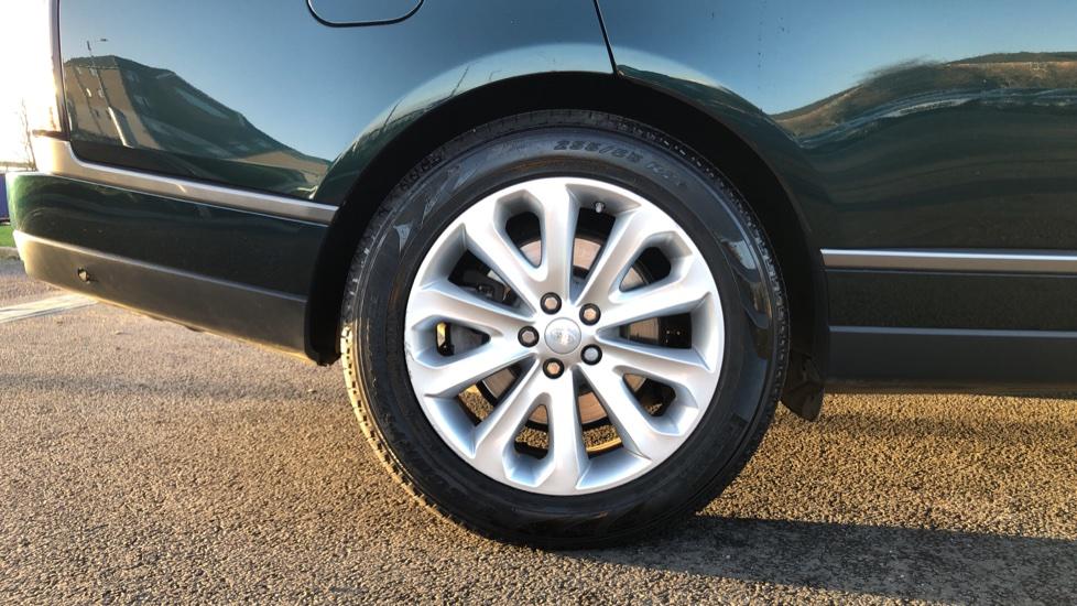 Land Rover Range Rover 3.0 TDV6 Vogue 4dr image 8