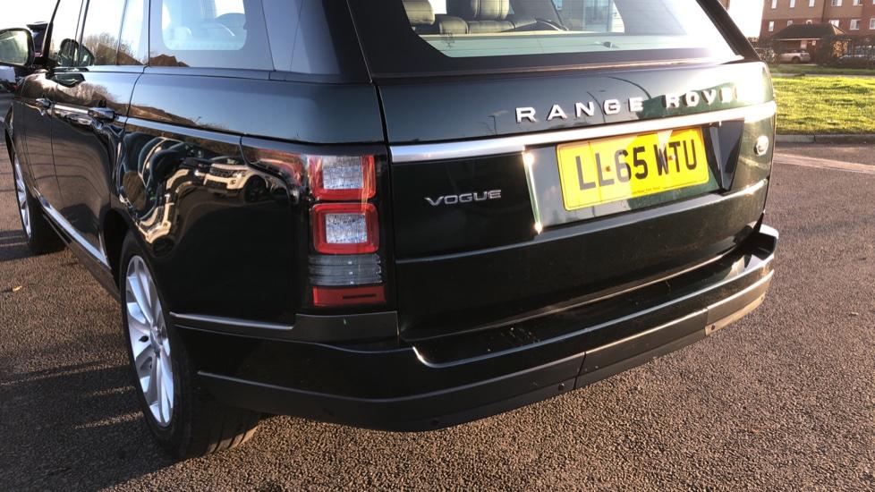 Land Rover Range Rover 3.0 TDV6 Vogue 4dr image 10