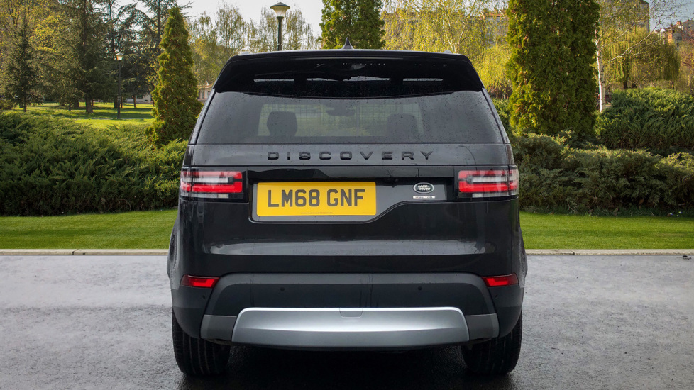 Land Rover Discovery HSE TD6 AUTO with Desirable Factory Fitted Extras image 6
