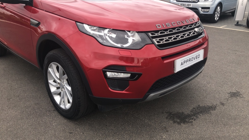 Land Rover Discovery Sport 2.0 TD4 180 SE Tech 5dr image 15