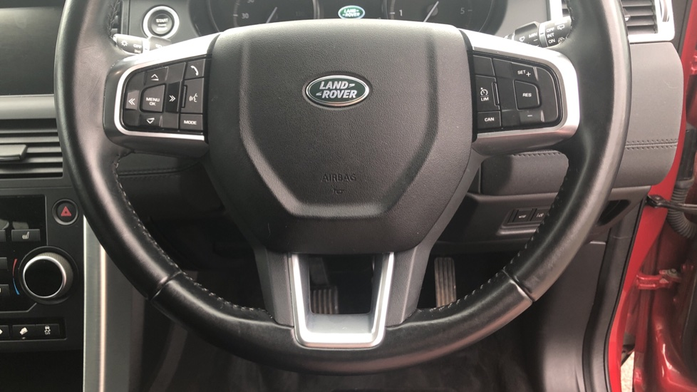 Land Rover Discovery Sport 2.0 TD4 180 SE Tech 5dr image 22