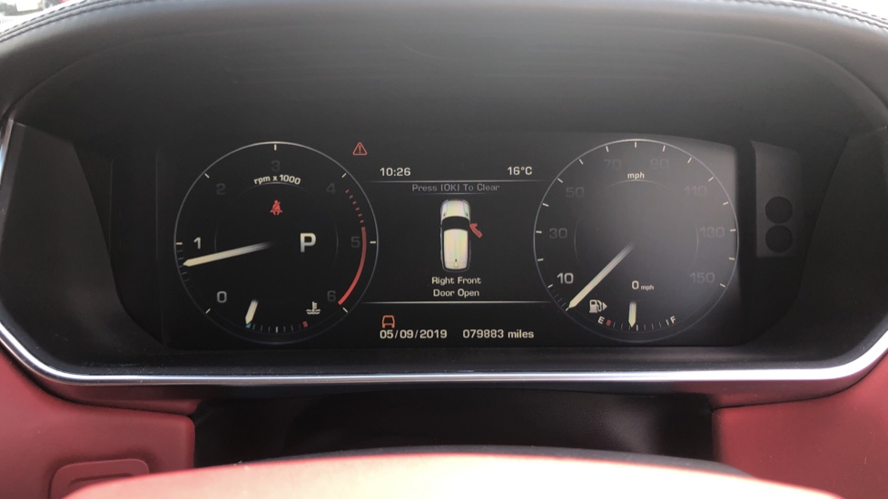 Land Rover Range Rover Sport 3.0 SDV6 Autobiography Dynamic 5dr image 33