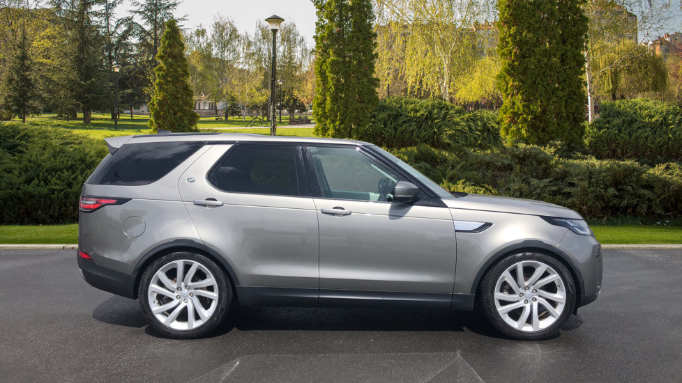 Land Rover Discovery 2.0 SD4 HSE Luxury 5dr image 5
