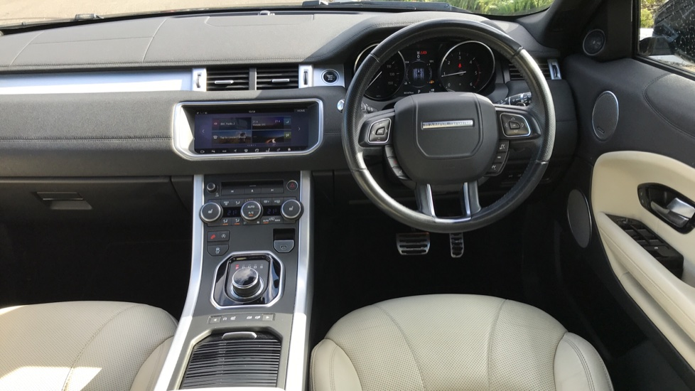 Land Rover Range Rover Evoque 2.0 TD4 HSE Dynamic 5dr image 18