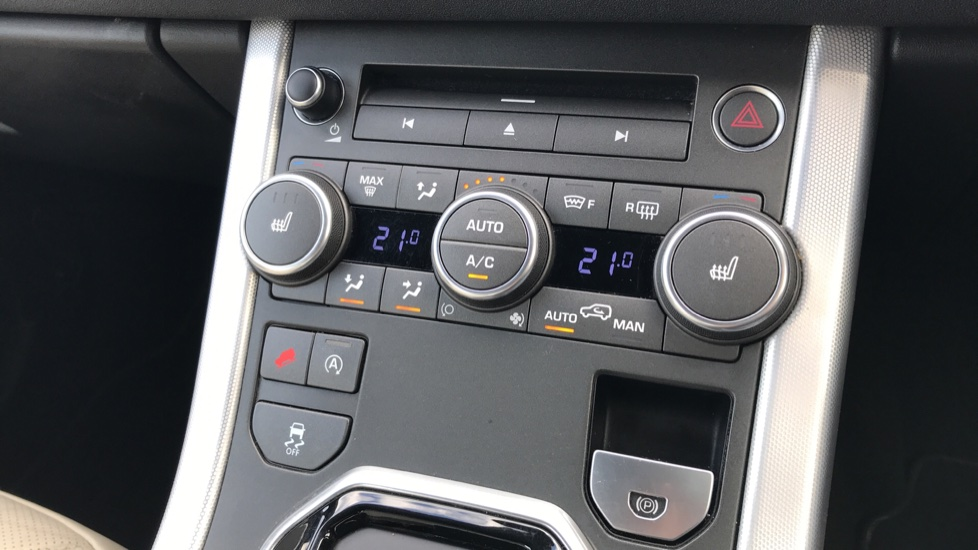 Land Rover Range Rover Evoque 2.0 TD4 HSE Dynamic 5dr image 30