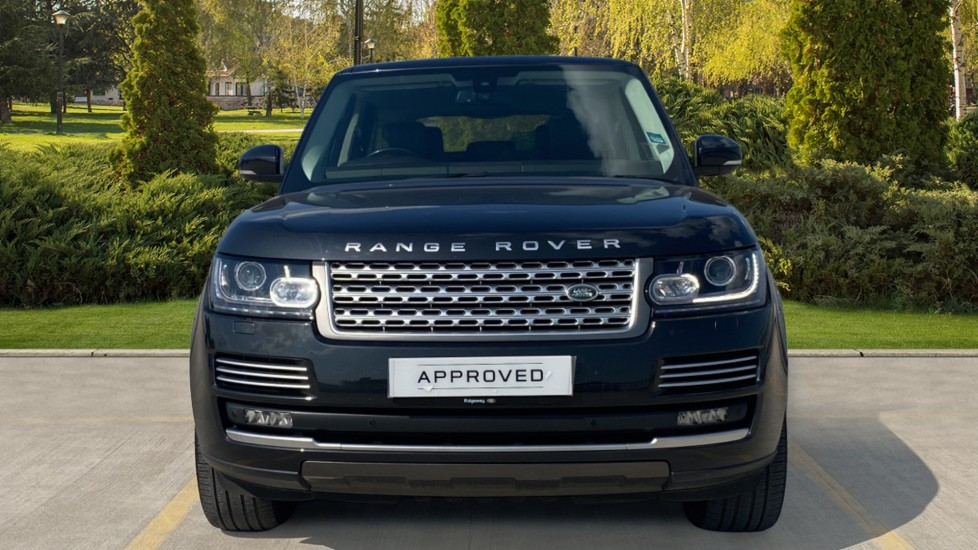 Land Rover Range Rover 3.0 TDV6 Vogue SE 4dr - Privacy glass, Meridian Surround Sound System, Rear Camera image 7