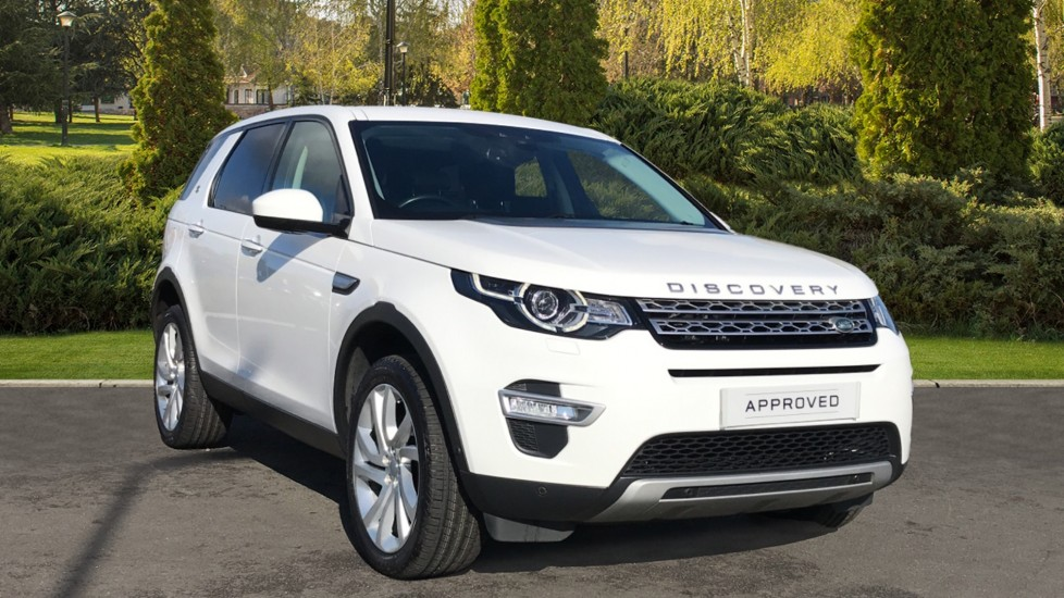 Land Rover Discovery Sport 2.0 TD4 180 HSE Luxury 5dr Diesel Automatic 4x4 (2016) at Land Rover Swindon thumbnail image