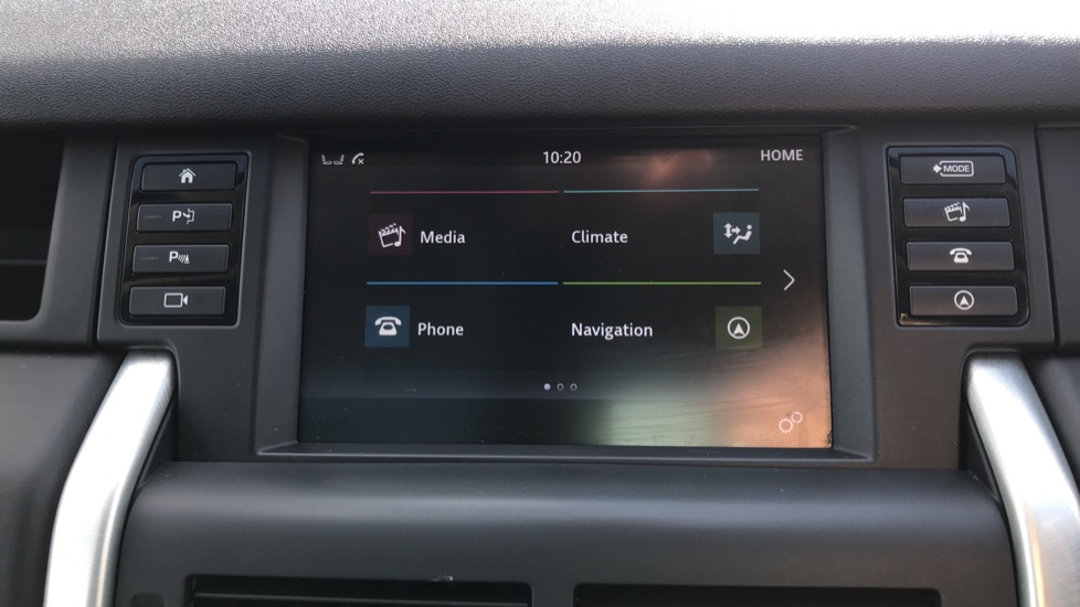 Land Rover Discovery Sport 2.0 TD4 180 HSE Luxury 5dr image 33