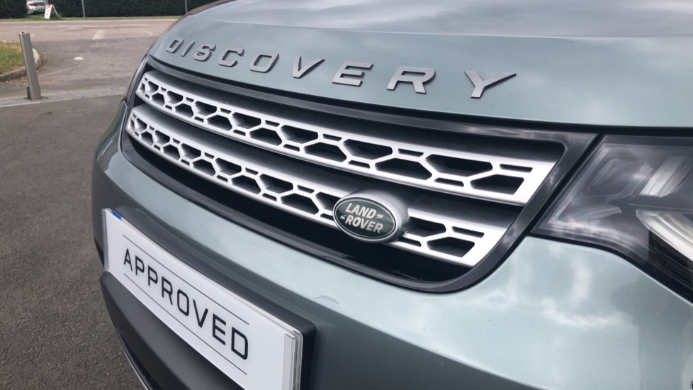Land Rover Discovery 3.0 Supercharged Si6 HSE 5dr  image 19