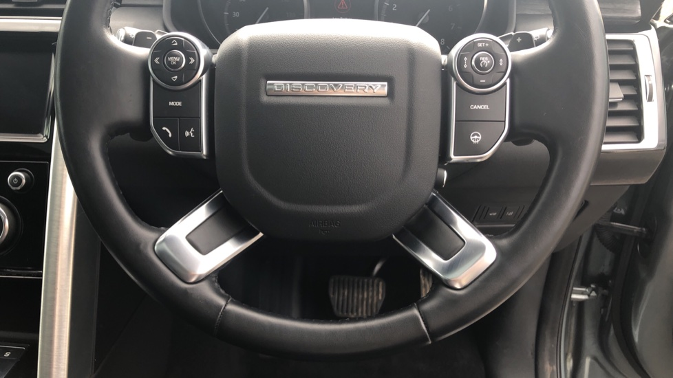 Land Rover Discovery 3.0 Supercharged Si6 HSE 5dr  image 25