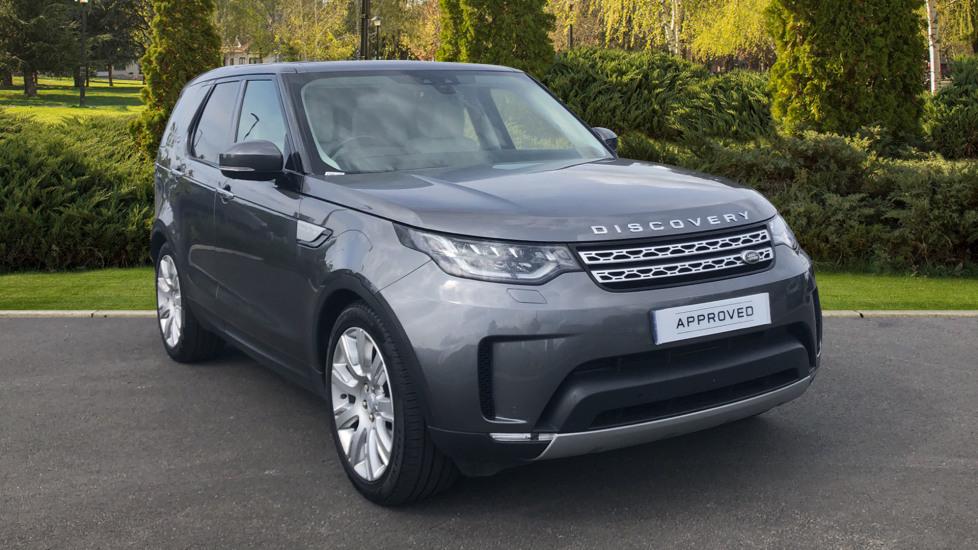 Land Rover Discovery 3.0 TD6 HSE Luxury 5dr Diesel Automatic 4x4 (2017) at Land Rover Swindon thumbnail image