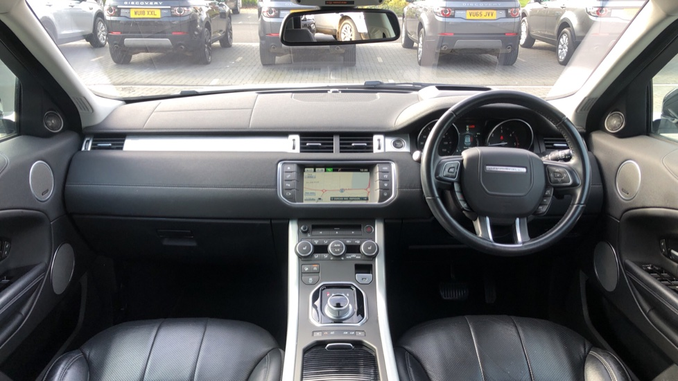 Land Rover Range Rover Evoque 2.0 TD4 SE Tech 5dr image 9