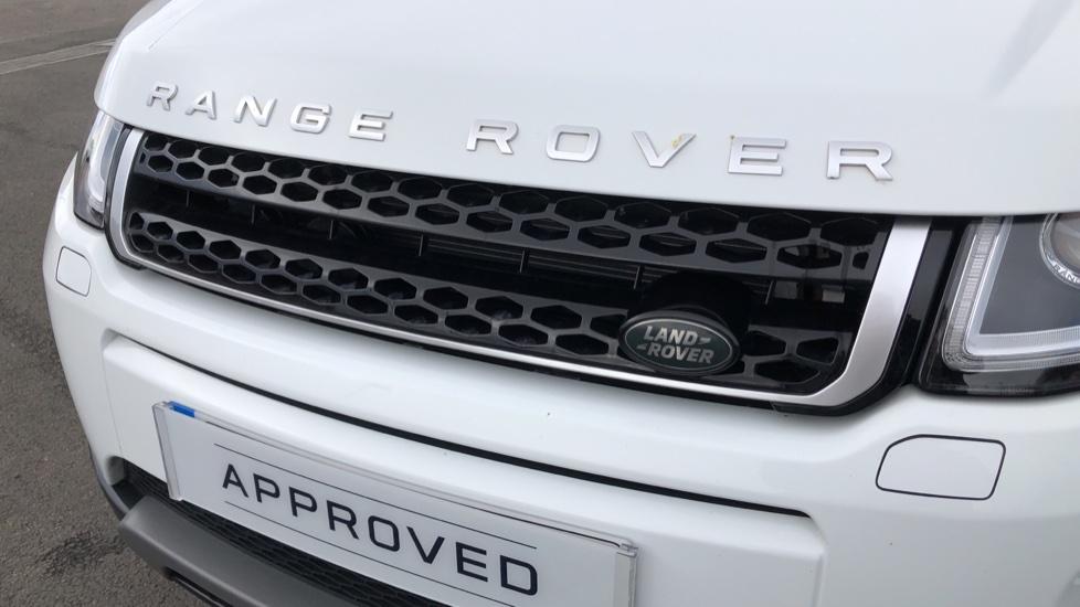 Land Rover Range Rover Evoque 2.0 TD4 SE Tech 5dr image 17