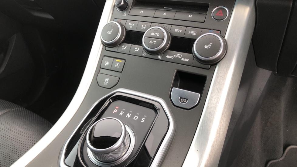 Land Rover Range Rover Evoque 2.0 TD4 SE Tech 5dr image 27
