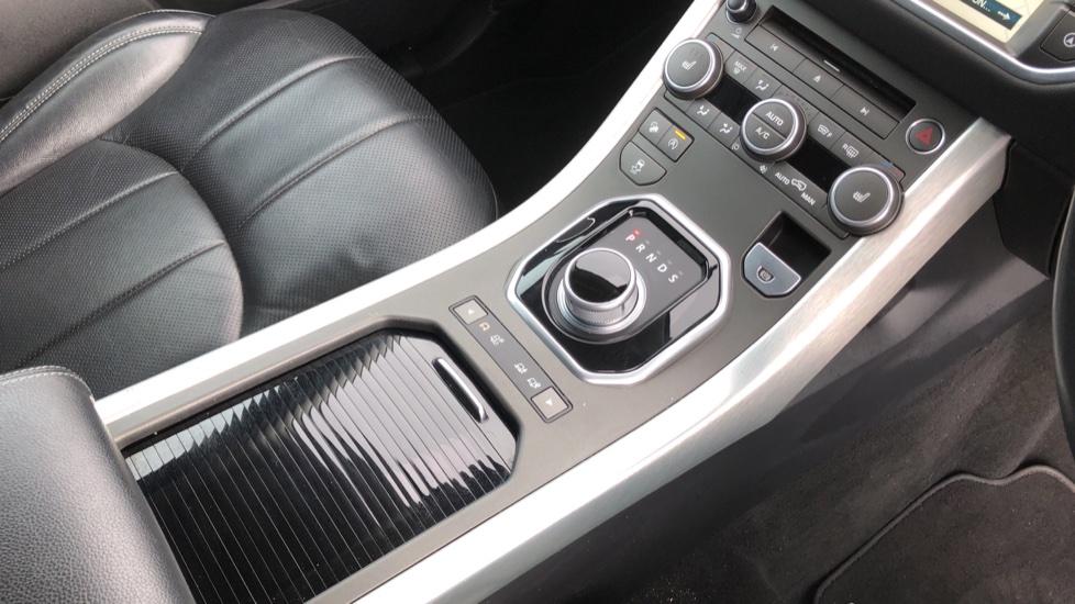 Land Rover Range Rover Evoque 2.0 TD4 SE Tech 5dr image 28