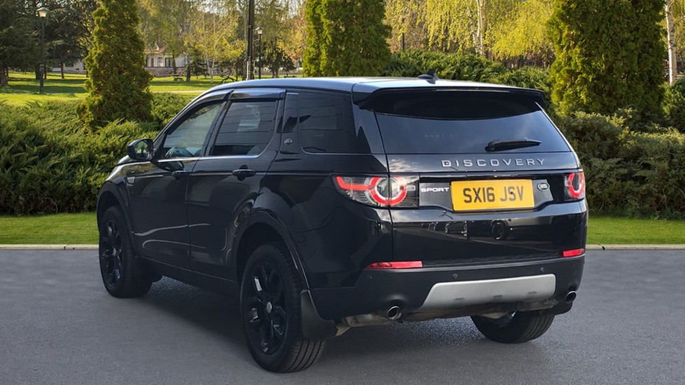 Land Rover Discovery Sport 2.0 TD4 180 HSE Rear Camera, Fixed panoramic roof image 2