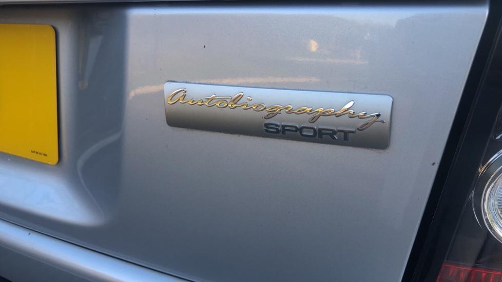 Land Rover Range Rover Sport 3.0 SDV6 Autobiography Sport 5dr image 12