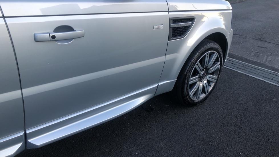 Land Rover Range Rover Sport 3.0 SDV6 Autobiography Sport 5dr image 13