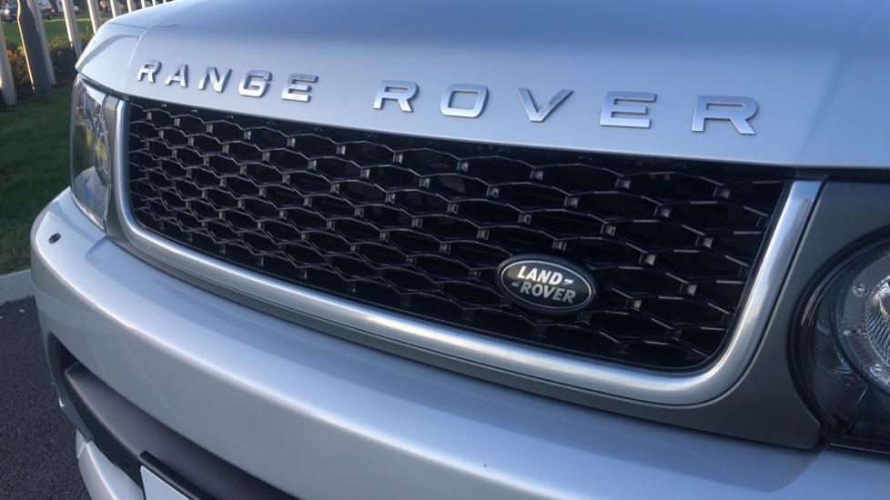 Land Rover Range Rover Sport 3.0 SDV6 Autobiography Sport 5dr image 16
