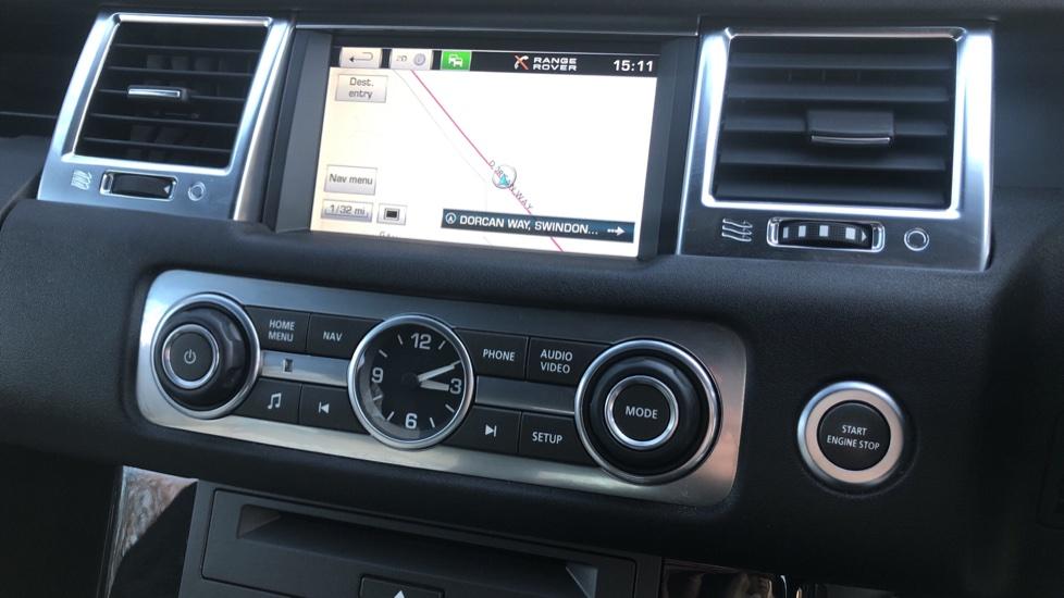 Land Rover Range Rover Sport 3.0 SDV6 Autobiography Sport 5dr image 25