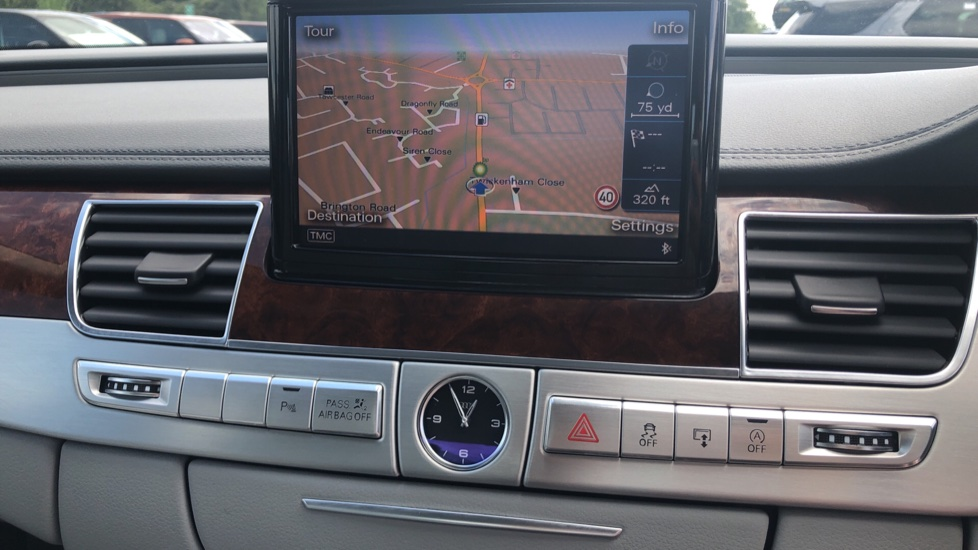 Audi A8 3.0 TDI Quattro SE Executive Tip image 27