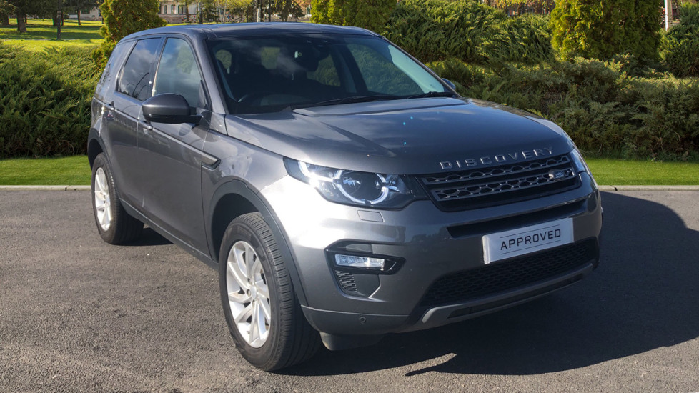Land Rover Discovery Sport 2.0 TD4 180 SE Tech 5dr Diesel 4x4 (2016) at Land Rover Swindon thumbnail image