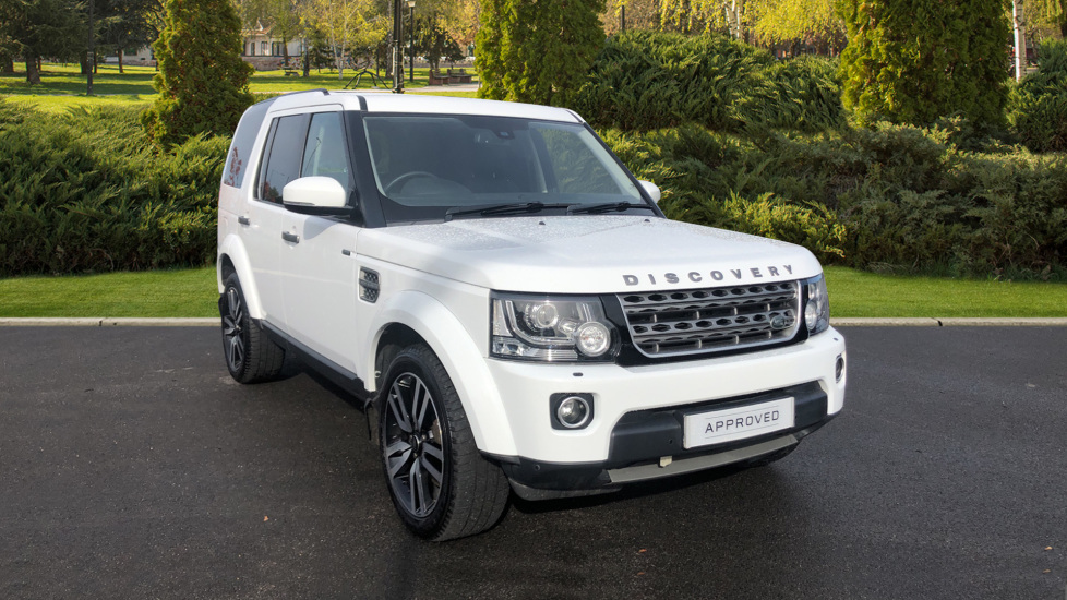 Land Rover Discovery DISCOVERY XS SDV6 AUTO 3.0 Diesel Automatic 5 door (2014) at Land Rover Swindon thumbnail image