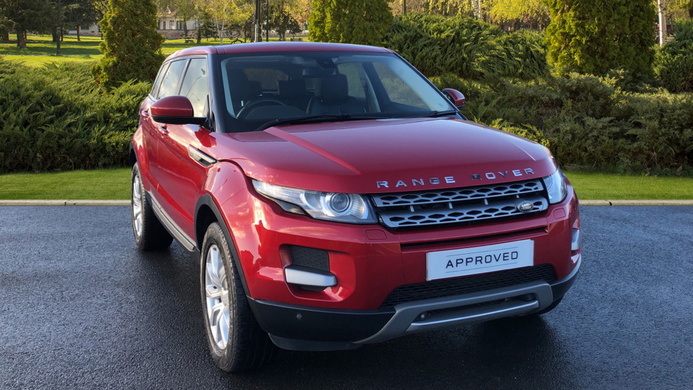 Land Rover Range Rover Evoque 2.2 SD4 Pure 5dr [Tech Pack] Diesel 4x4 (2014) at Land Rover Swindon thumbnail image