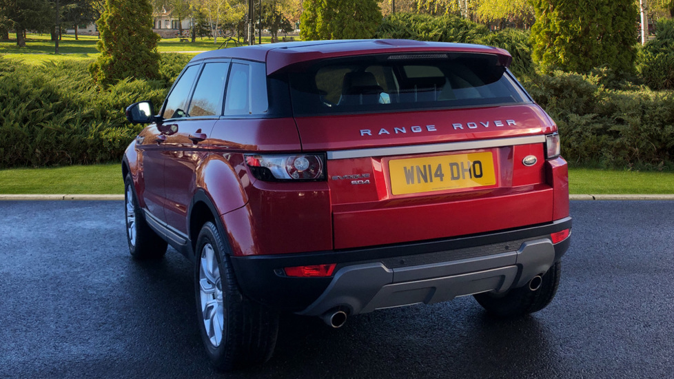 Land Rover Range Rover Evoque 2.2 SD4 Pure 5dr [Tech Pack] image 2