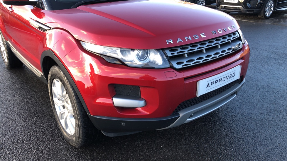 Land Rover Range Rover Evoque 2.2 SD4 Pure 5dr [Tech Pack] image 14