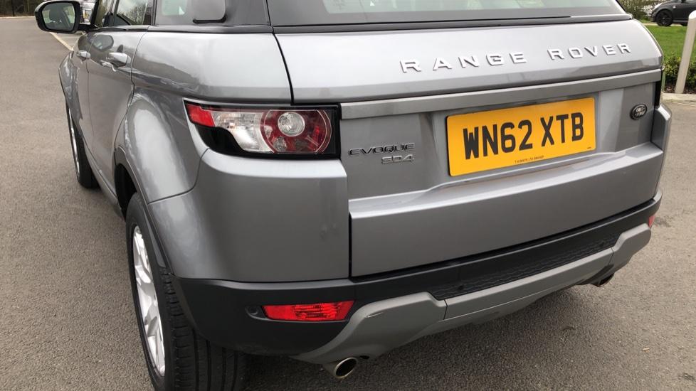 Land Rover Range Rover Evoque 2.2 SD4 Pure 5dr image 10