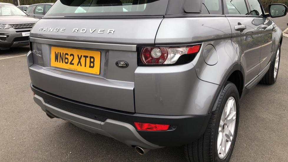 Land Rover Range Rover Evoque 2.2 SD4 Pure 5dr image 11