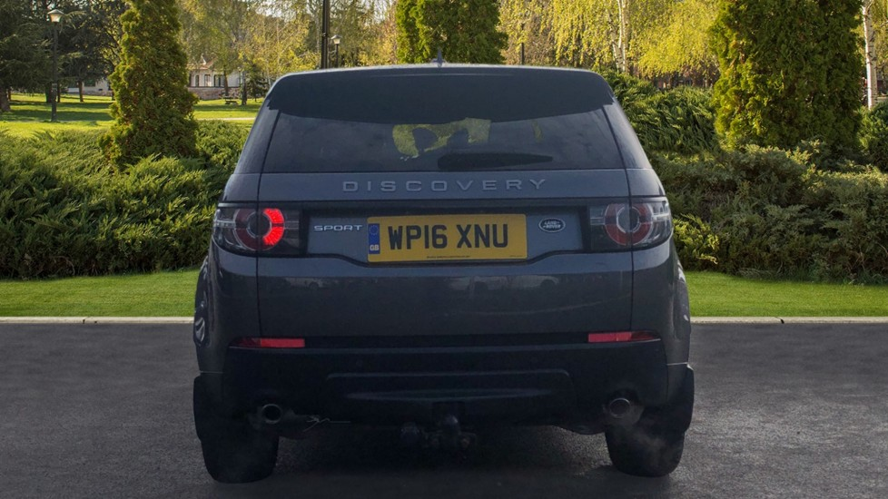 Land Rover Discovery Sport 2.0 TD4 180 SE 5dr image 6