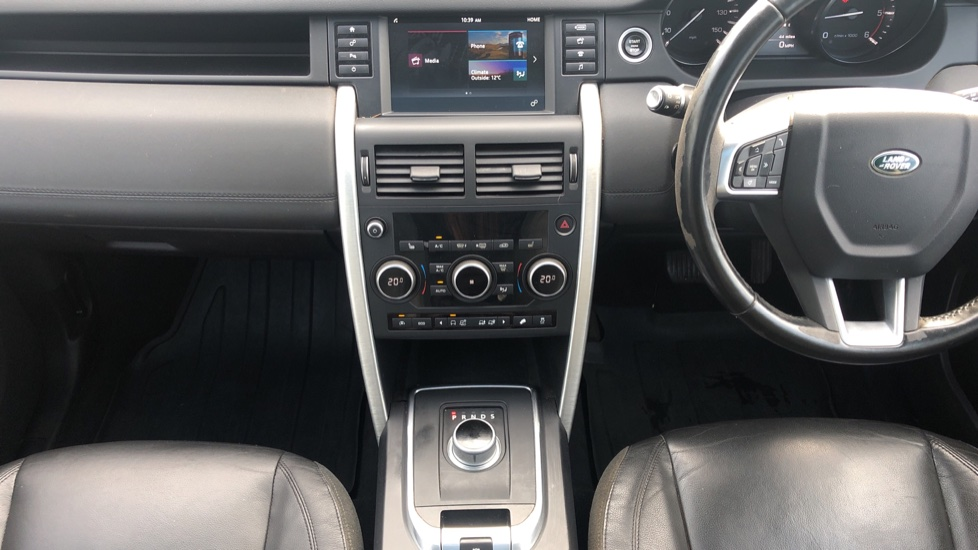 Land Rover Discovery Sport 2.0 TD4 180 SE 5dr image 20