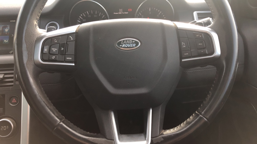 Land Rover Discovery Sport 2.0 TD4 180 SE 5dr image 21